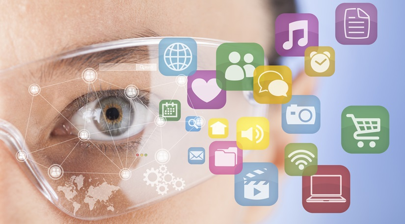 image woman + smart glasses & social media icons