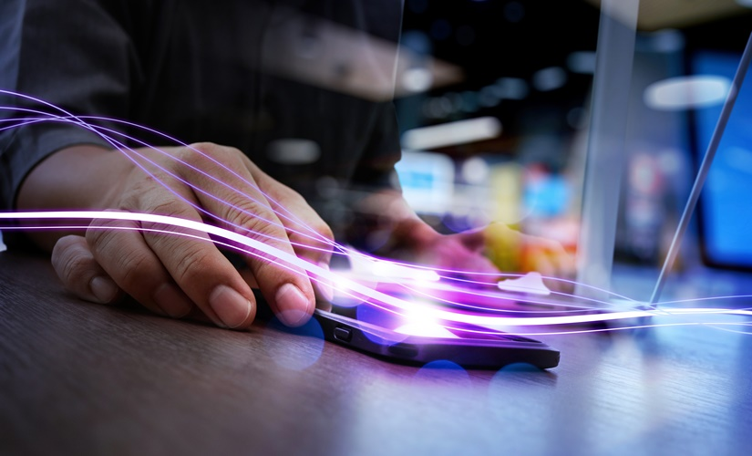 When fast gets very fast: the dizzying pace of technology in the private sector and what this means for the publicsector
